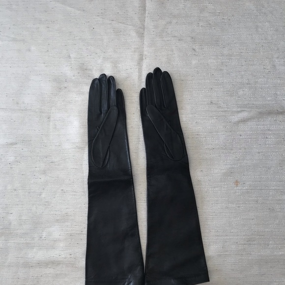 6adbccb7a9f New pairs Blomingdale's Bkack Leather Long gloves